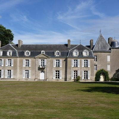 Le château de Bogar (Propriété privée)